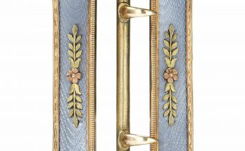 Two colour gold and guilloche belt buckle